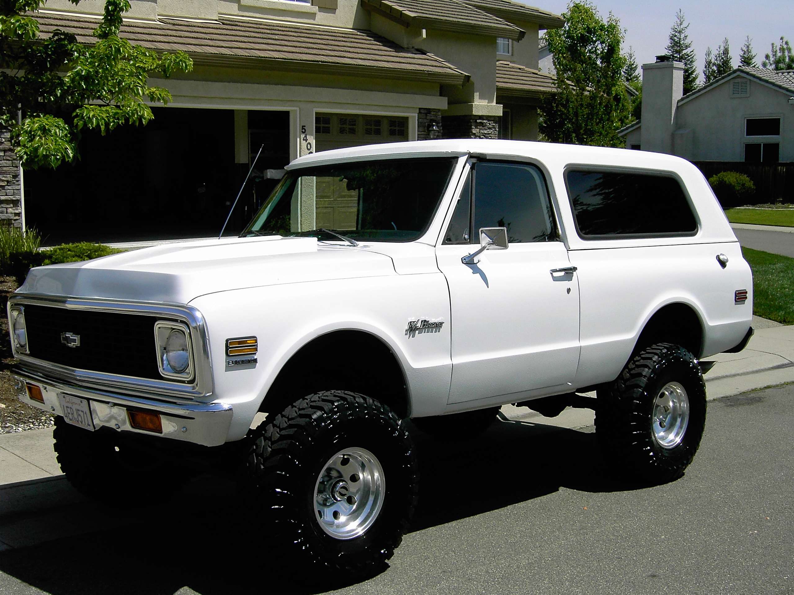 72 Chevy Blazer For Sale 2 Wheel Drive in addition 6 Pin Wiring Diagram Egr Valve moreover 6 0 Powerstroke Fuel Line likewise Can Bus Connectors Wiring Diagram moreover 92 S10 Fuel Pump Wiring Diagram. on chevy fuel pump wiring